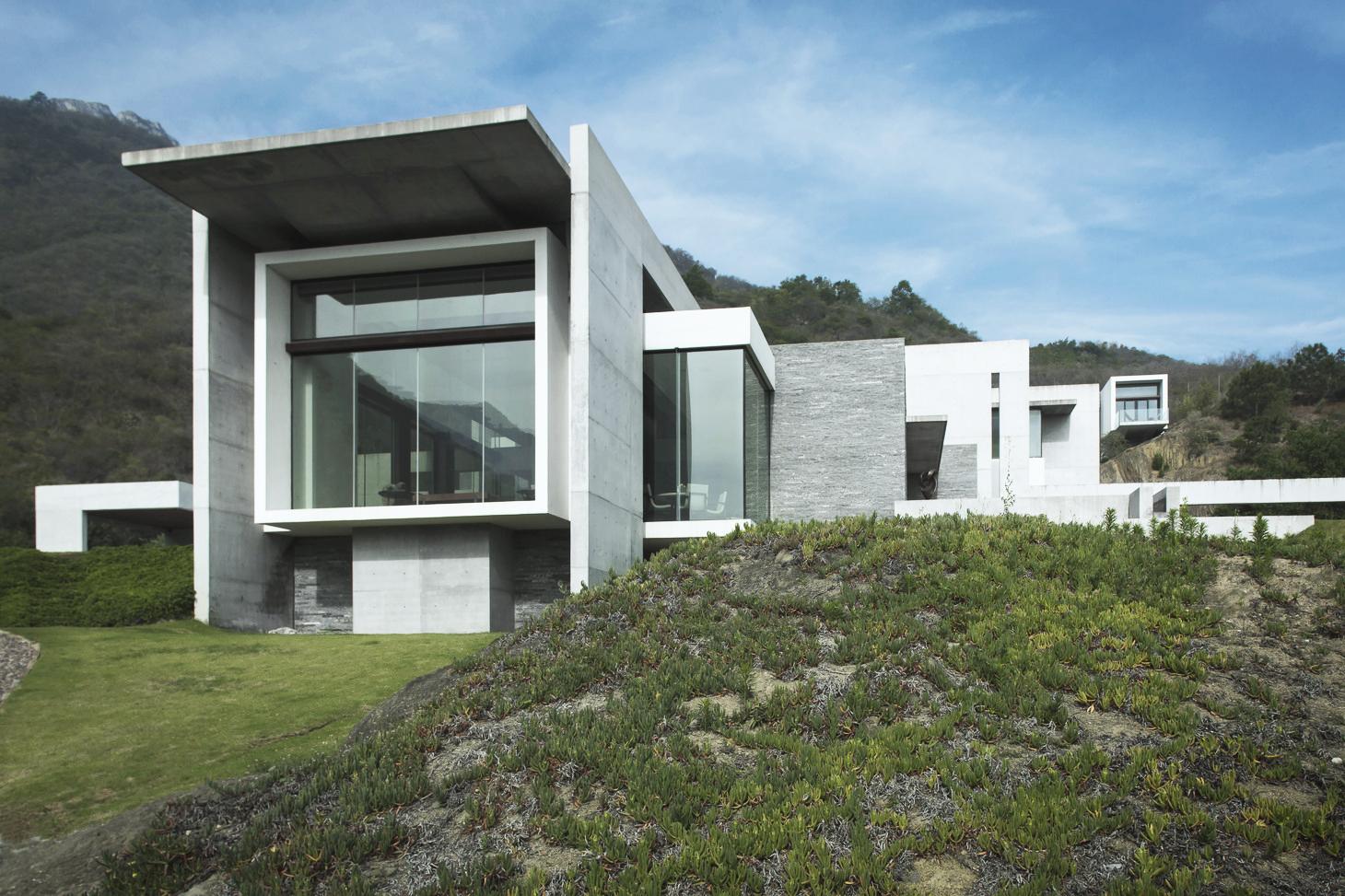 House Near El Cerro De Chipinque